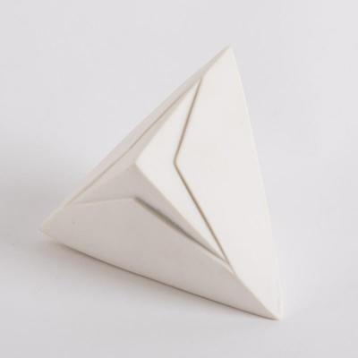 Sculpture tétraèdre collection Tribu